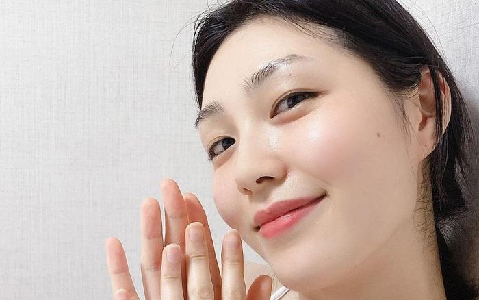 Theo bác sĩ: Đây là 6 lọ kem dưỡng hợp dùng với retinol nhất, da không bị kích ứng mà ngày càng mịn căng mỹ mãn