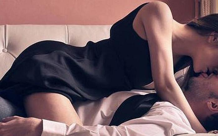 Lên giường phụ nữ biết tạo