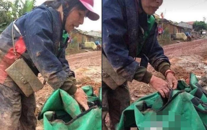 Đánh vật với con đường đầy bùn đất để giao được kiện hàng cho khách, người phụ nữ
