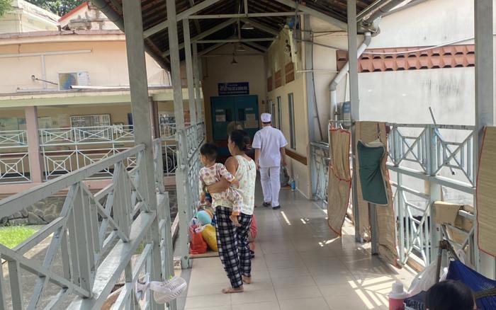 Khởi tố người mẹ bạo hành con gái 3 tuổi chấn thương sọ não nguy kịch tại TP.HCM - xổ số ngày 07052019