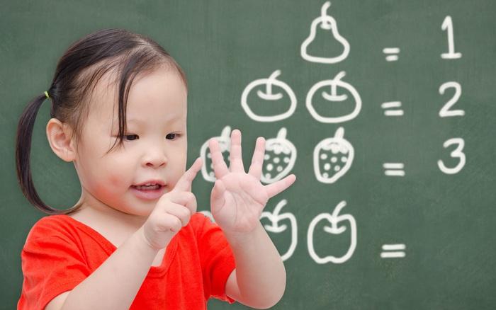 Giáo sư Mỹ chỉ ra giai đoạn vàng não bộ trẻ phát triển, bố mẹ cần tận dụng làm ngay 4 việc này để trẻ càng thông minh vượt trội