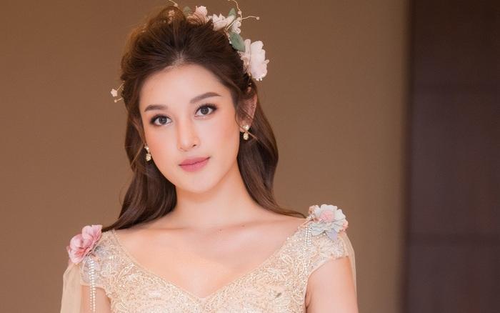 """Á hậu Huyền My khoe nhan sắc ngày càng mặn mà với váy công chúa """"bánh bèo"""""""