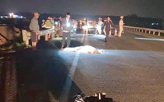 Gặp tai nạn khi chạy xe máy về quê, hai anh em sinh đôi thương vong