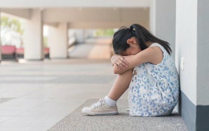 Chuyên gia đại học Harvard chỉ ra 5 dấu hiệu nguy hiểm cho thấy con