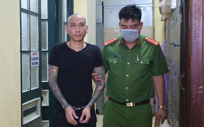 Giang hồ mạng Phú Lê chuẩn bị hầu tòa vì đánh người nhà