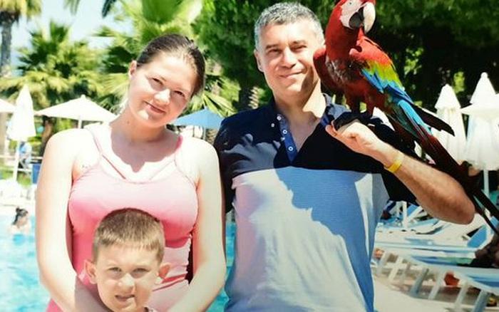 Vừa nghe tin mình mắc bệnh ung thư, bà mẹ tuyệt vọng tự sát cùng con trai, nguyên nhân sâu xa càng gây nhói lòng