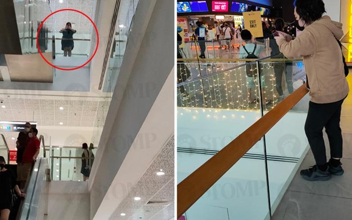 Dạo trung tâm thương mại, khách hàng chụp lại bức ảnh chỉ ra thói quen