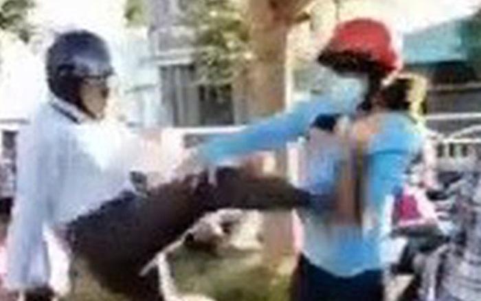 Người đàn ông ra tay tàn bạo với phụ nữ giữa đường chỉ bị phạt gần 3 triệu đồng - xổ số ngày 20082019