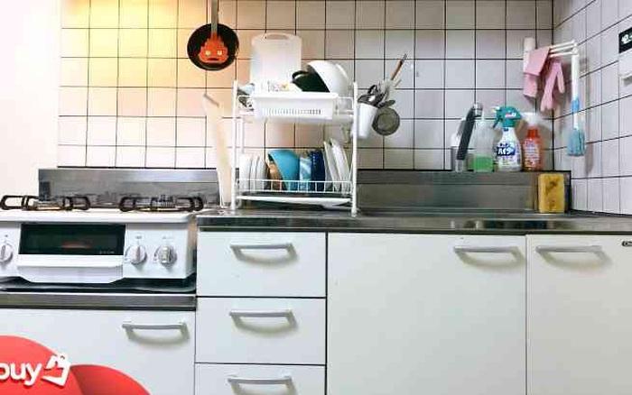 Cô nàng 25 tuổi sắp xếp căn bếp kiểu Nhật chưa tới 2m² luôn gọn gàng và không bao giờ cần dọn dẹp