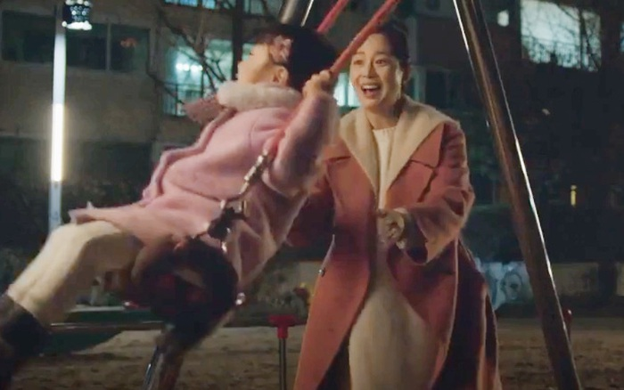 Hi Bye, Mama: Kim Tae Hee làm mẹ nhưng vẫn vụng về, đẩy xích đu mà khiến con ...