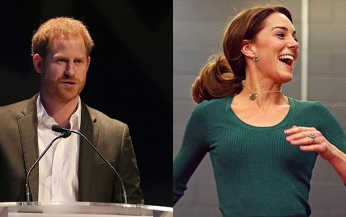 Báo Anh: Bùng nổ trận chiến hoàng gia, vợ chồng Công nương Kate ...