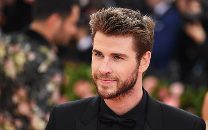 Nam diễn viên nổi tiếng Liam Hemsworth bị sỏi thận, đây là những lưu ...