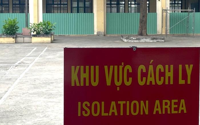 """Vợ nhập cảnh """"chui"""" từ Campuchia về Việt Nam rồi vào TP.HCM chơi khiến ..."""