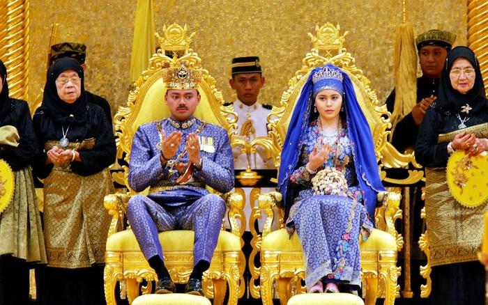 Nàng dâu Lọ Lem của hoàng gia Brunei trong hôn lễ xa hoa bậc nhất ...