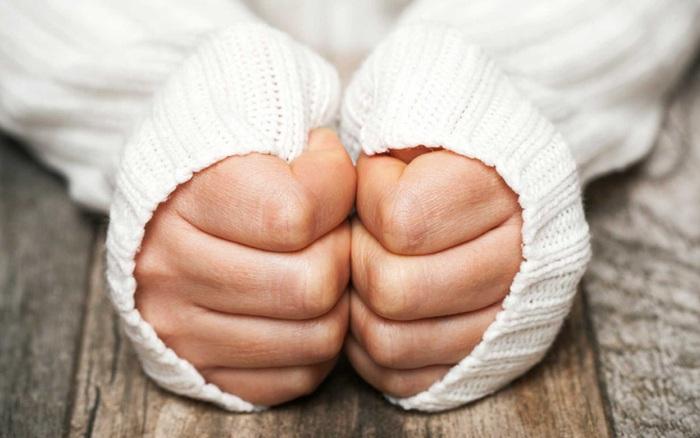 Trời nóng nhưng tay chân lúc nào cũng lạnh ngắt: Đừng chủ quan bởi ...