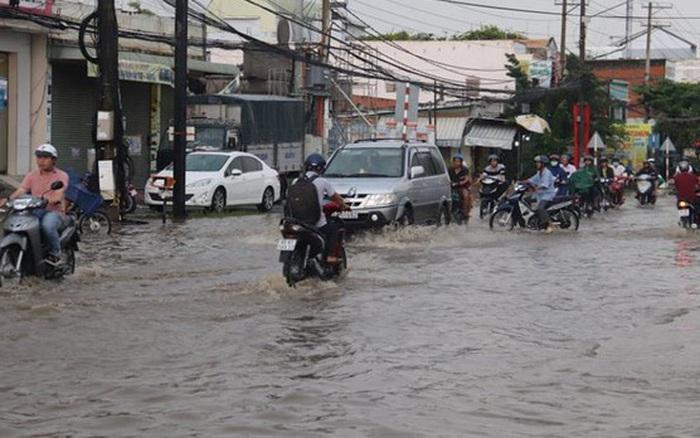Một người bị sét đánh tử vong trong mưa giông khủng khiếp ở Cần Thơ