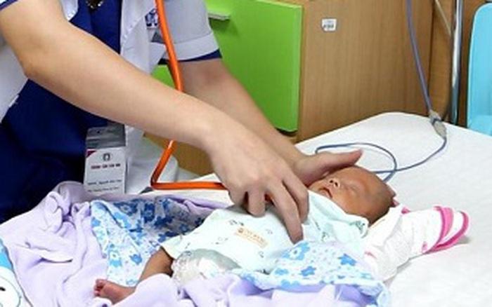 76 ngày giành giật sự sống cho bé sinh non chỉ nặng 600gr của bà mẹ ...