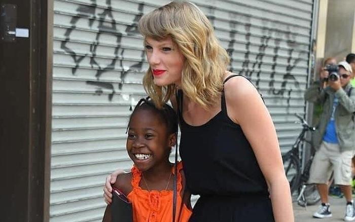 """Sau 6 năm trời, Taylor Swift cuối cùng cũng được minh oan vụ """"phân biệt ..."""