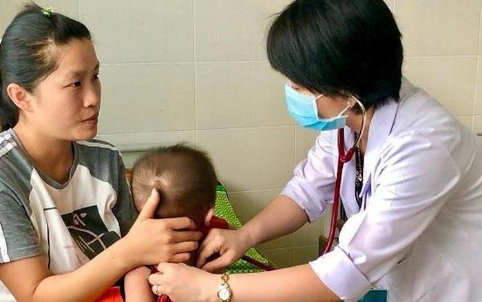 Nắng nóng nhiều trẻ liên quan đến bệnh về đường tiêu hóa nhập viện