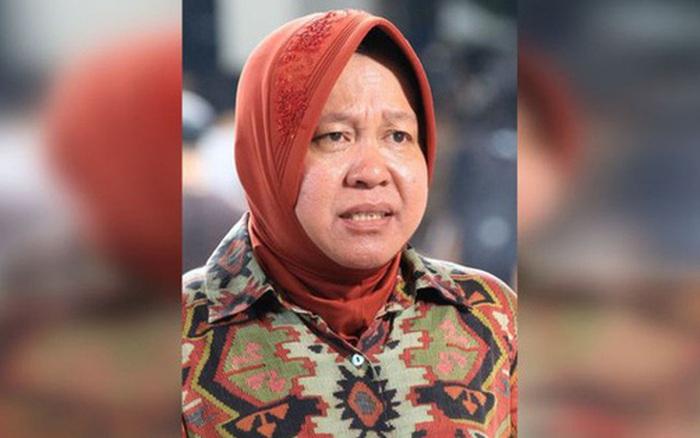 Bệnh viện quá tải bệnh nhân mắc Covid-19: Thị trưởng Indonesia quỳ gối, bật ...