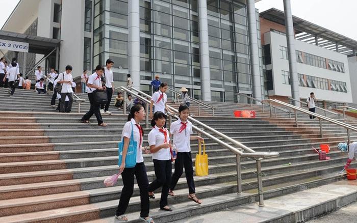 7 trường công lập đào tạo hệ song bằng Cambridge tại Hà Nội