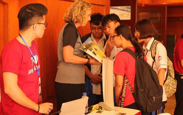 29.000 du học sinh Việt bất an trước chính sách di trú mới của Mỹ