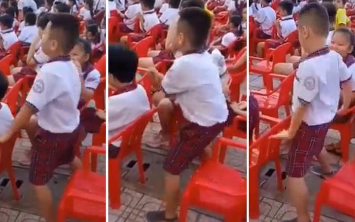 Đi dự lễ tổng kết năm học, cậu nhóc lập tức chiếm sóng MXH vì làm ...