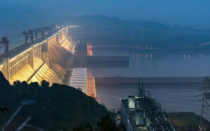 Hồ thủy điện Tam Hiệp lớn đến mức khi nó đầy nước, vòng quay Trái Đất sẽ chậm ...