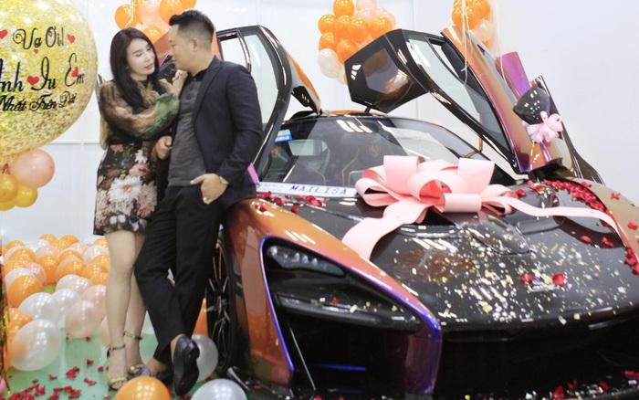 Ông chồng hot MXH hôm nay: Tặng vợ siêu xe 50 tỷ thuộc hàng mới nhất ...