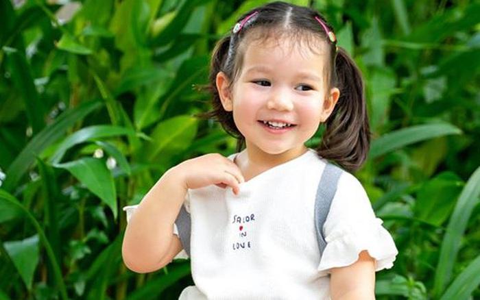Kiên quyết giữ quan điểm chưa cho con gái 2 tuổi đi học, Hà Anh bất ngờ ...