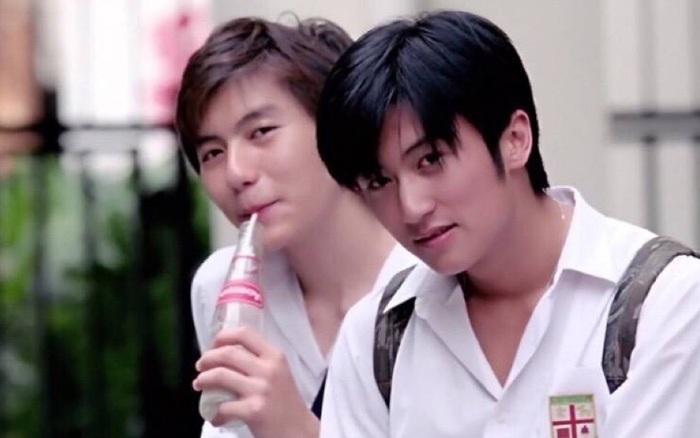 Tạ Đình Phong thời trẻ đẹp trai thế nào mà khiến cho Vương Phi lẫn Trương ...