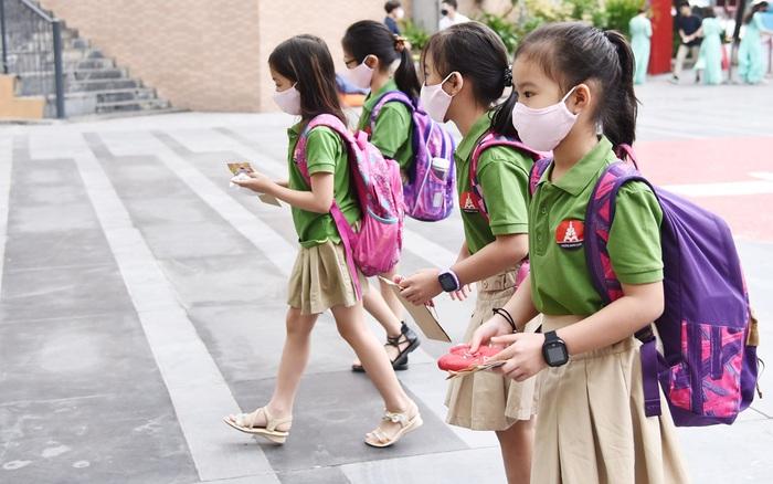 Hà Nội: Sau Marie Curie, có thêm 5 trường thông báo lùi ngày tựu trường vì dịch Covid-19