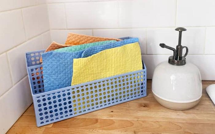 Được làm từ xốp, loại khăn tái sử dụng này có thể thay thế khăn giấy truyền thống nhưng giá