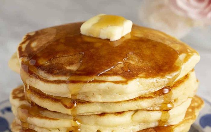 Học cô nàng quyến rũ Chloe Ting bí kíp thoải mái ăn bánh pancake ngon lành mà không sợ béo