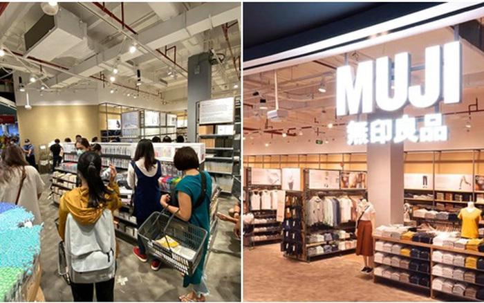 Ra Muji sắm đồ văn phòng phẩm và gia dụng chất lượng không sợ lỗi mốt, nhiều món còn độc quyền nhưng giá bán lại khá