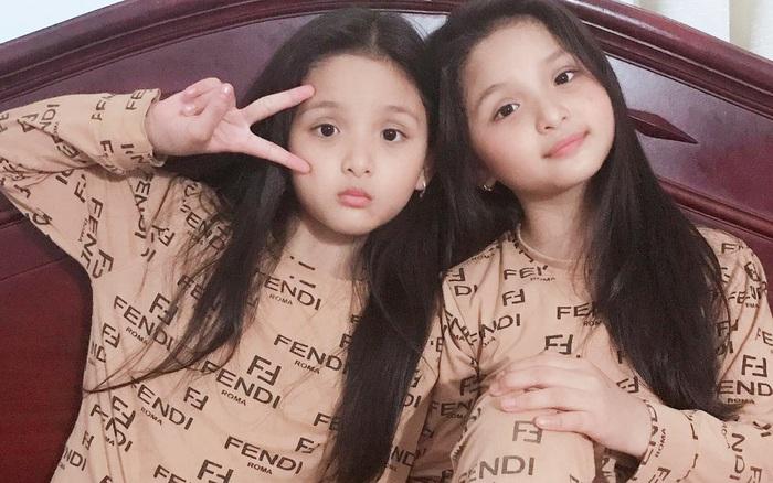 Cặp chị em sinh đôi Đắk Lắk xinh xắn như búp bê