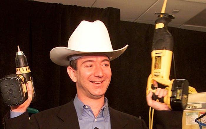 Jeff Bezos xây dựng đế chế 1.400 tỷ USD và trở thành người giàu nhất ...