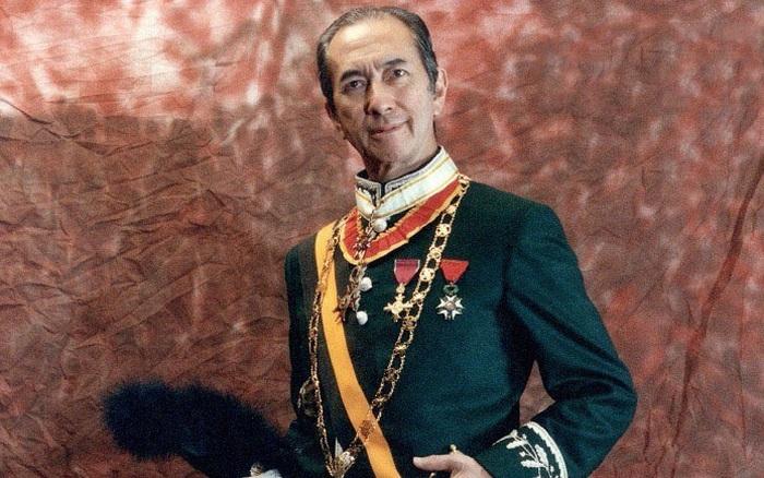 Hé lộ toàn bộ nội dung trong quyển sổ lưu niệm của Vua sòng bài Macau