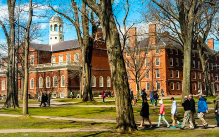 ĐH Harvard và MIT kiện sắc lệnh cấm sinh viên nước ngoài của chính ...