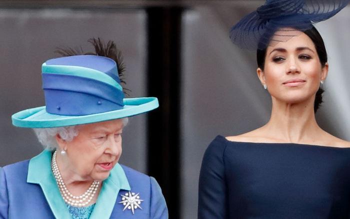 Hé lộ bằng chứng cho thấy mối quan hệ giữa Nữ hoàng Anh với Meghan Markle đã ...