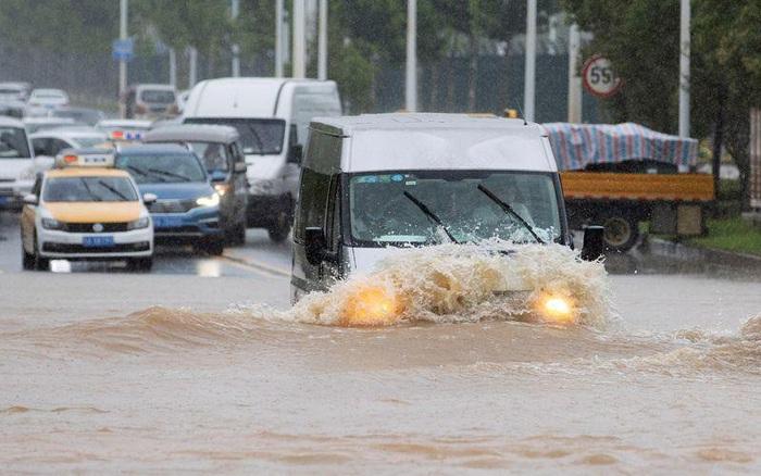 Mưa lũ ở Trung Quốc khiến hơn 130 người thiệt mạng và mất tích