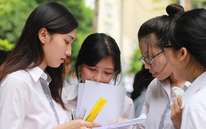 MỚI: Gợi ý đáp án đề thi tốt nghiệp tiếng Anh, học sinh so ngay để biết số điểm mình đạt được