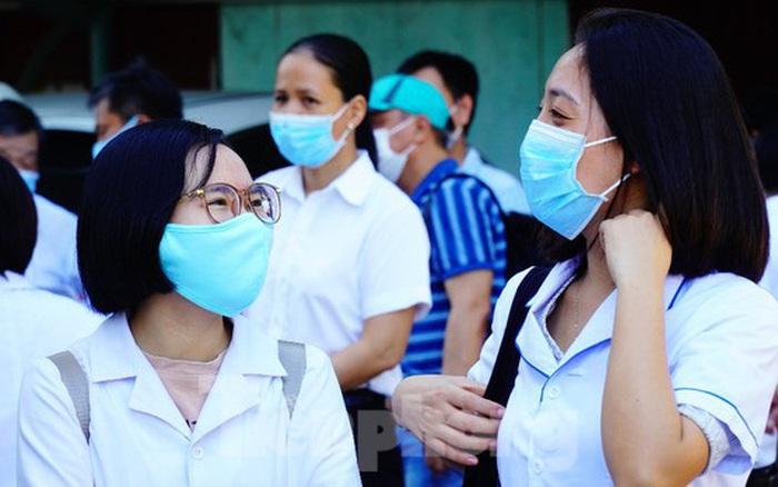40 bác sĩ, điều dưỡng Huế xuất quân chi viện Đà Nẵng chống dịch COVID-19