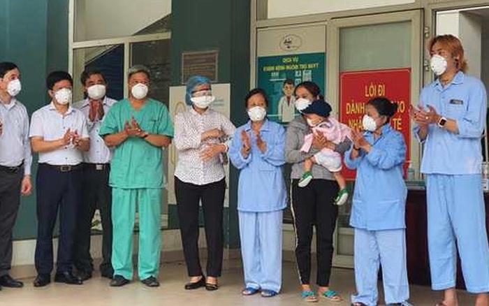 Nhật ký từ 'tâm dịch' ngày 13/8: Thêm 12 người khỏi bệnh tại Đà Nẵng, Quảng Nam