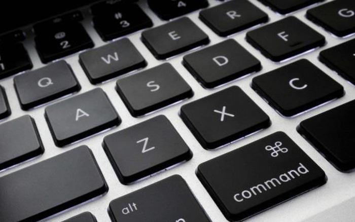 Sống mấy chục năm tôi mới biết vì sao bàn phím máy tính không sắp xếp theo thứ tự ABC, lý do hơi bị thú vị!