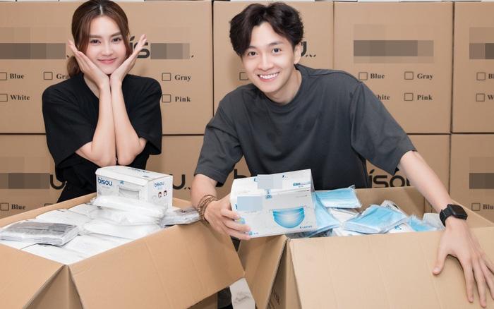 Ngô Kiến Huy và Ninh Dương Lan Ngọc chung tay quyên góp 250 nghìn khẩu trang cho Đà Nẵng và Quảng Nam