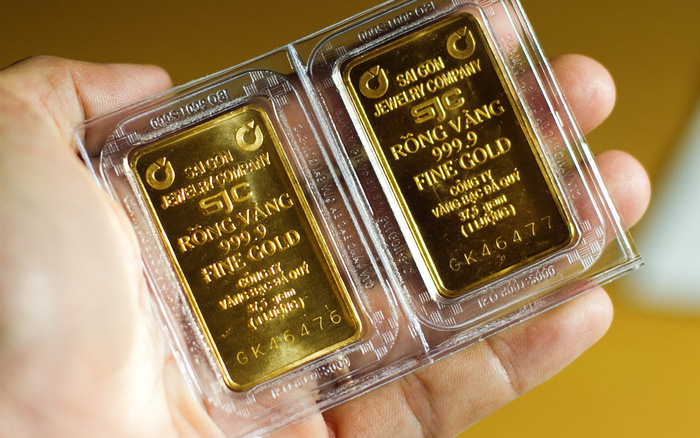 Giá vàng tăng gần 2 triệu đồng/lượng ngay khi mở cửa