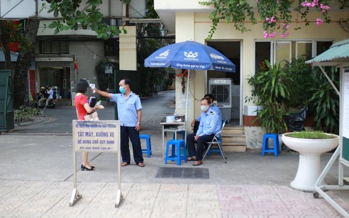 Trường THPT đầu tiên của Hà Nội hoàn thành tuyển sinh vào lớp 10