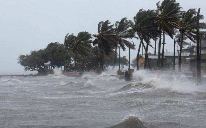 Cập nhật: Bão số 2 tiến sát đất liền các tỉnh Ninh Bình - Nghệ An, Bắc Bộ và Bắc Trung bộ tiếp tục mưa to đến rất to