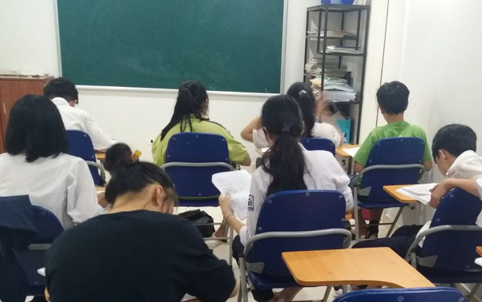 Phốt giáo dục: Cô giáo dạy Văn hot nhất nhì Hà Nội bị tố
